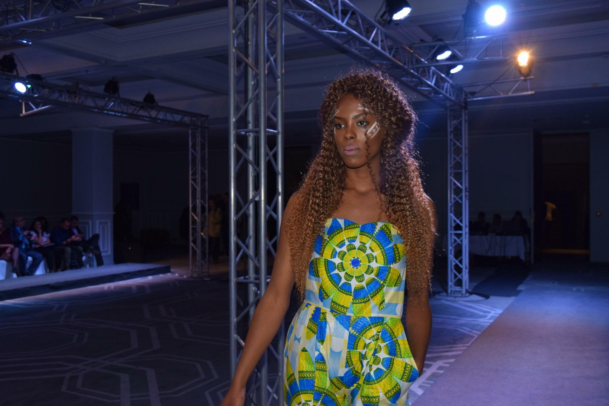 a3b3f25d4 موضة افريقيا : عرض ازياء افريقي بطريقة معاصرة و جذابة ( صور) - Arabeque