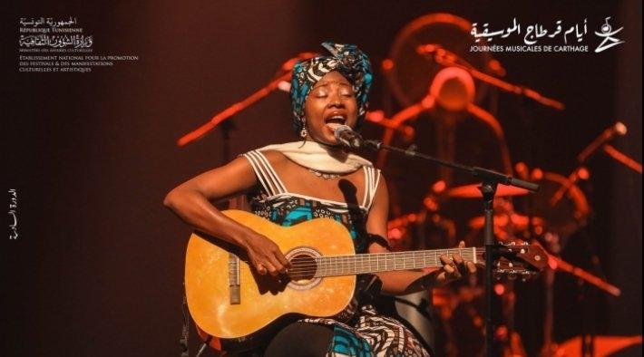 أيام قرطاج الموسيقية : تتويج لورنوار الكاميروني بالتانيت الذهبي