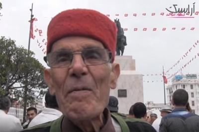 الــــتونسي و اعادة تنصيب تمثال بورقيبة